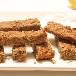 Recette NutriSimple Dried fruit and nut granola bar